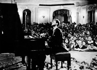 Van Cliburn won the International Tchaikovsky Competition in Moscow in 1958 - NYTimes.com
